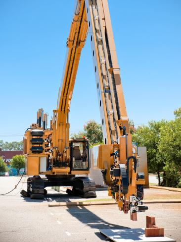Hadrian robot constructor