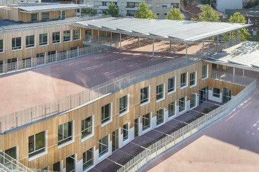 Colegio sostenible terrazas