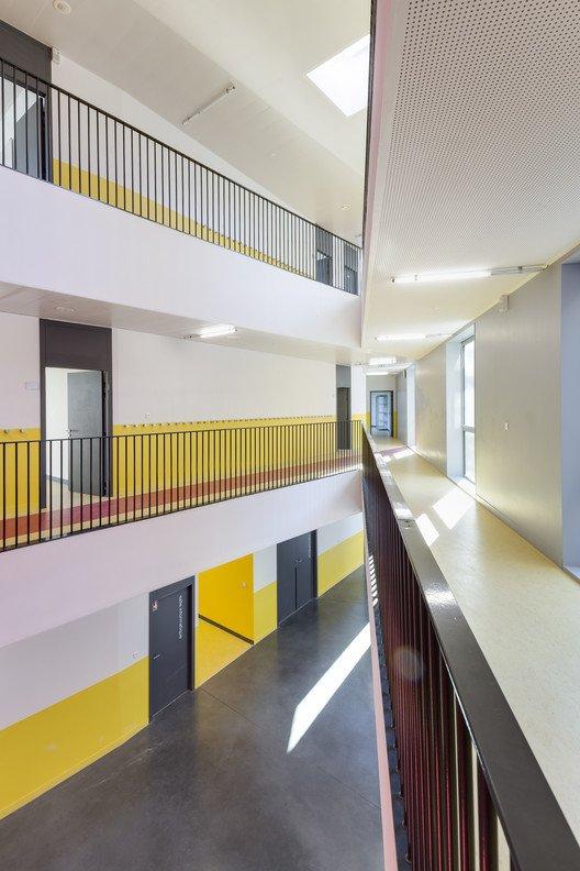 colegio sostenible interior 2