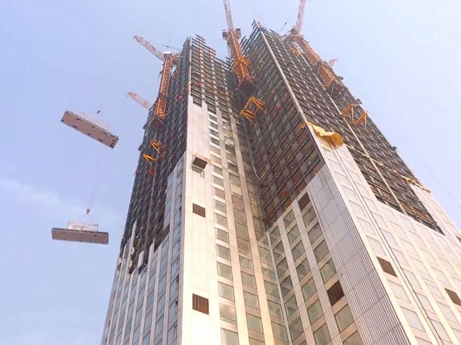 Bloque de viviendas de 57 plantas levantada en 19 días