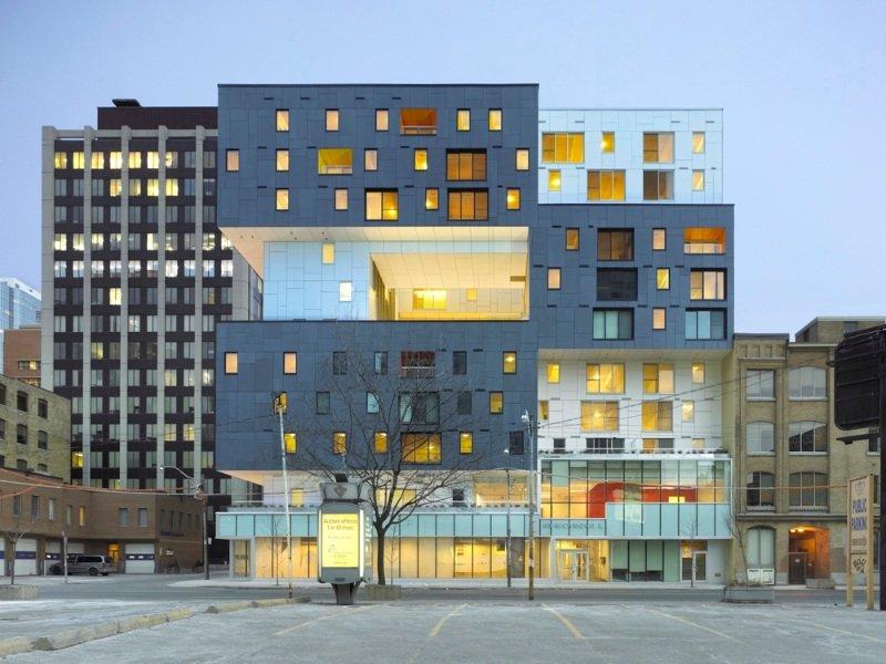 Bloque de viviendas en cohousing verde