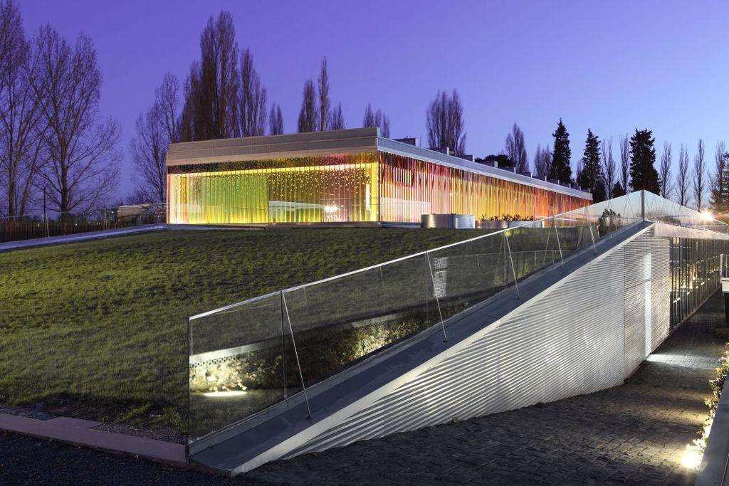 Edificio de COnsumo casi Nulo (Imagen de patrimonio natural)