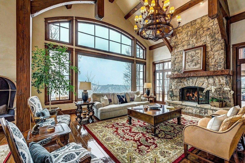 Interior de un salón de una casa