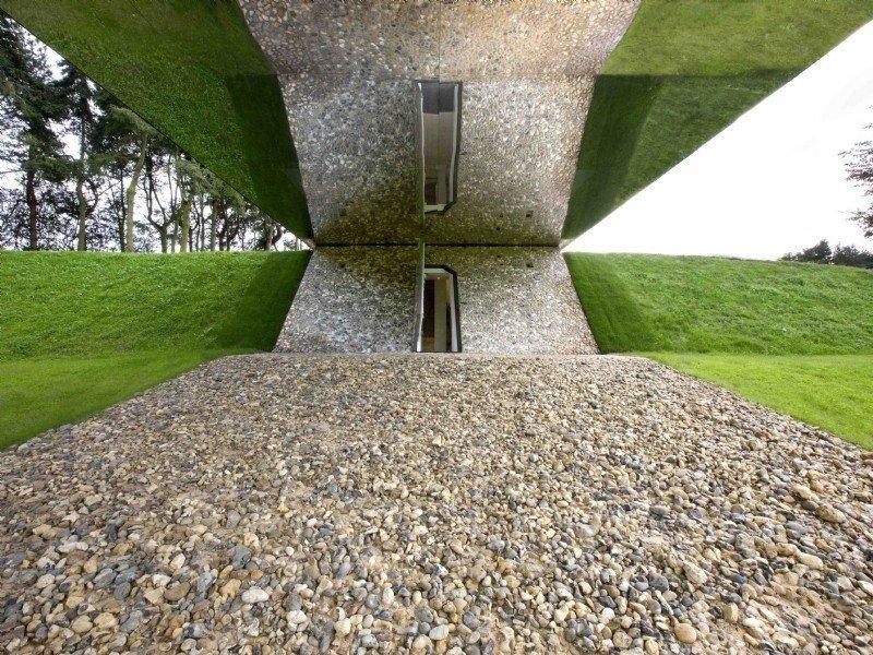 Living Architecture Balancing Barn 12
