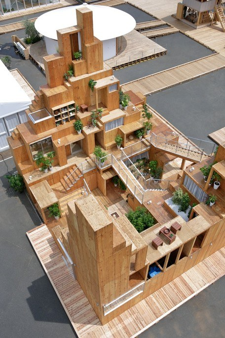Maqueta de torre de viviendas de alquiler