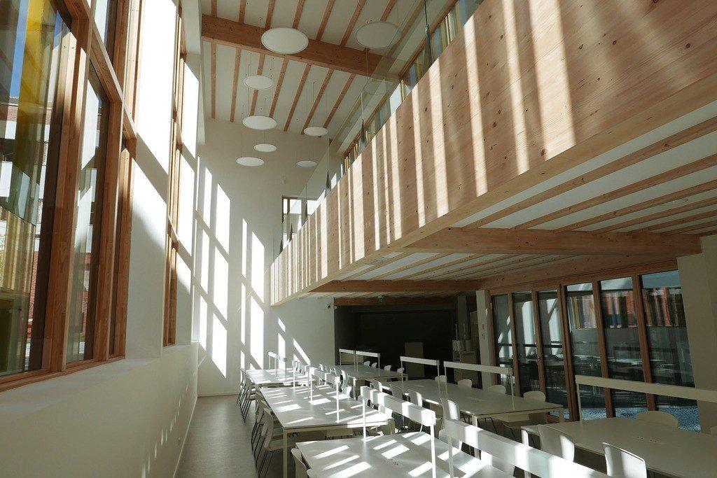 Interior de bibilioteca