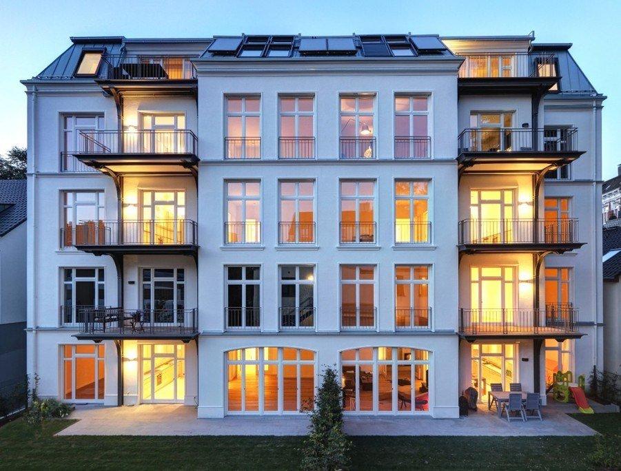 Imagen de un edificio de viviendas tradicional con estándar PassivHaus