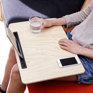 Tablero para usar iPad en la cama