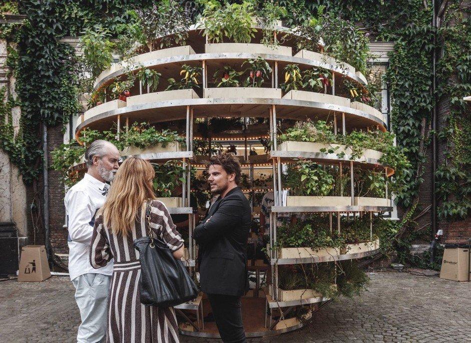 Esfera de madera con Bjarke Ingels
