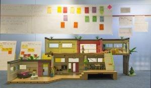 maqueta construida con piezas de niños