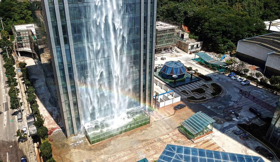 Cascada rascacielos